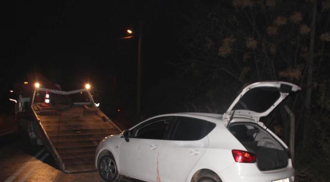 İncirliova`da otomobil tarandı: 1 yaralı