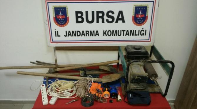 Orhangazi´de kaçak kazı yapan 6 kişi yakalandı