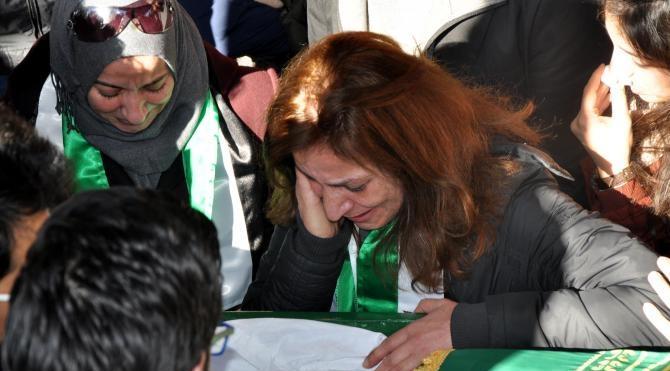 Öldürülen Suriyeli gazeteci toprağa verildi