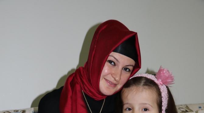 8 yaşındaki Zeynep`in tekerlekli sandalyesini çaldılar