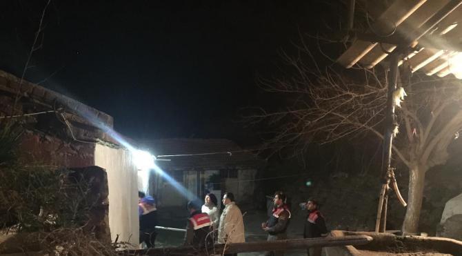 Sobanın devrilmesiyle yangın çıktı, 2 çocuk öldü