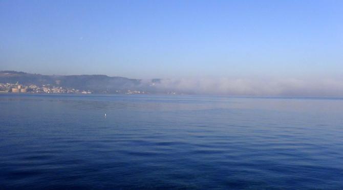 Çanakkale Boğazı sis nedeniyle gemi trafiğine kapatıldı