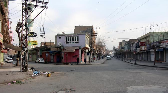Diyarbakır`da bugün kepenkler açılmadı (2)