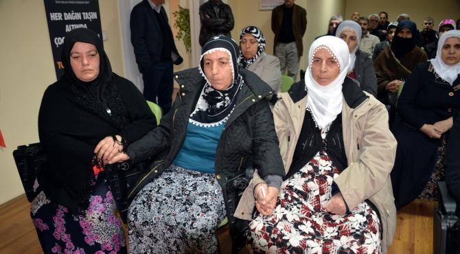Sur`da ölen 2 PKK`lının aileleri cenazelerin verilmesini istedi