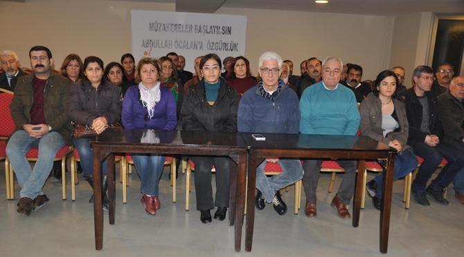 İzmir`de HDP`lilerden Uludere anmasındaki gözaltılara tepki