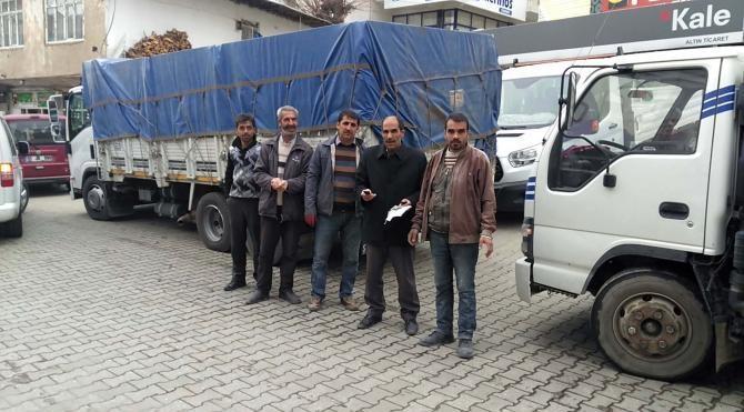 Çelikhan´dan Bayırbucak Türkmenleri`ne 1 kamyon yardım