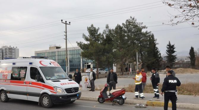 Adıyaman´da motosiklet devrildi: 3 yaralı