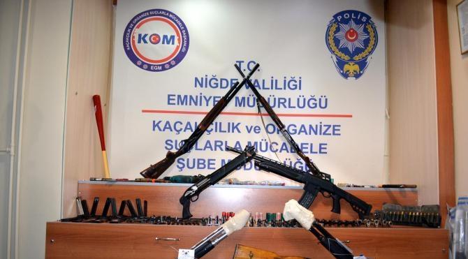 Niğde`de silah kaçakçılığı operasyonu: 20 gözaltı