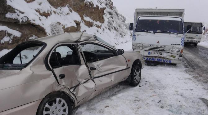 Aksaray`da kaza: 4 yaralı