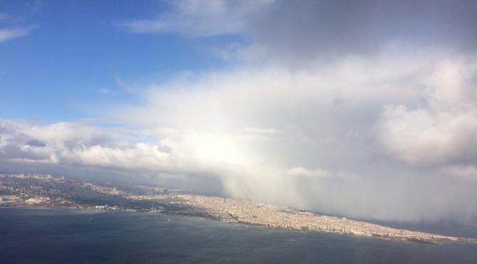Kar yağışında havadan İstanbul