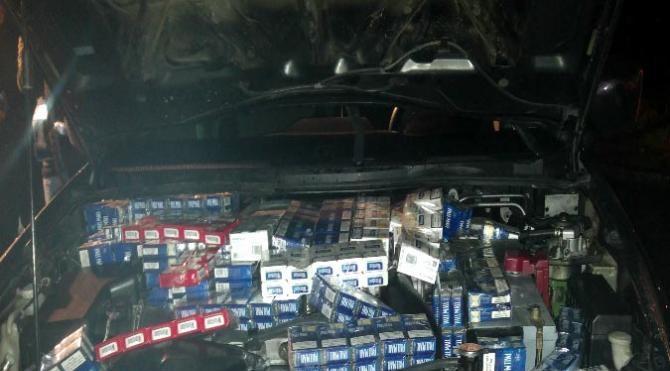 Kamyonette 7 bin 500 paket kaçak sigara ele geçirildi