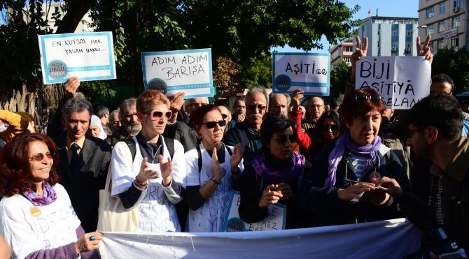 `Barış` için yürüyenler Adana`ya geldi