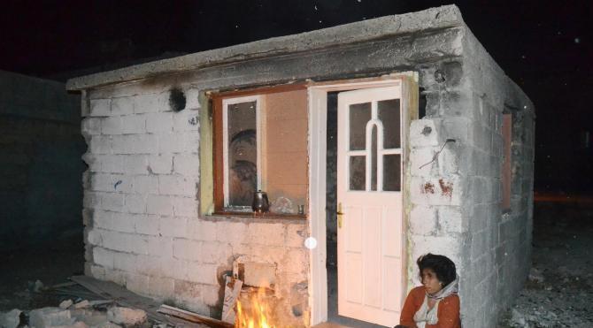 Kulübede yaşayan anne ve oğlu devlet korumasında