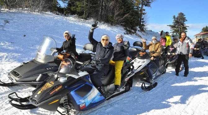Uludağ `da `kaza sigortalı` kızak ve kar motoru kiralaması