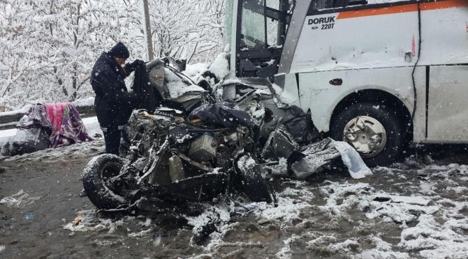 TEM`de 13 araç birbirine girdi: 1 ölü, 30 yaralı-