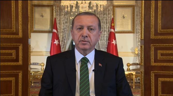 Cumhurbaşkanı Erdoğan 2015`i değerlendirdi, 2016 mesajı verdi