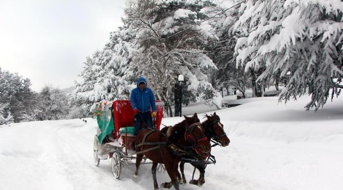 Abant`ta 1 metre karda yılbaşı tatili