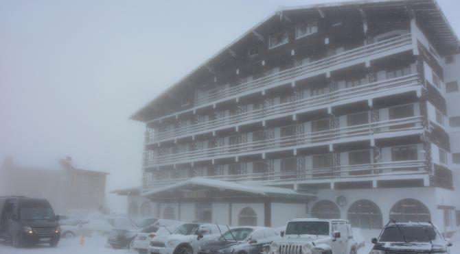 Uludağ´a bir gecede 30 santim kar yağdı (2)