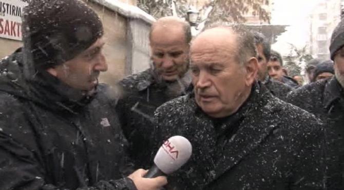 Topbaş, kış lastiği kullanmayan özel araçların trafikte problem yarattığını söyledi