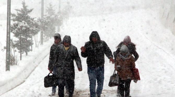Zonguldak`ta 84 köy yolu ulaşıma kapandı