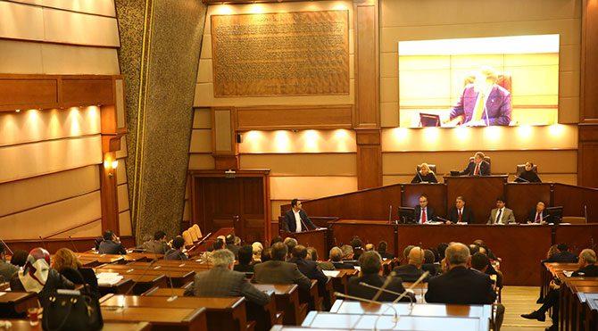 İBB Meclisi'nde 17/25 Aralık tartışması!