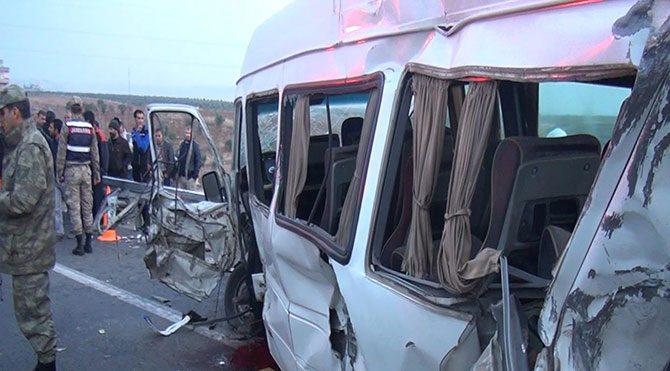 Cenaze konvoyunda kaza: 1 ölü,2 yaralı