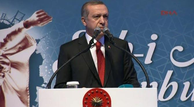 Erdoğan: Herkes rol yapıyor, herkes rol çalmanın peşinde koşuyor