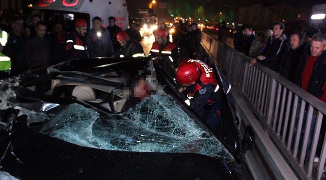 İlk kazada anne-babasını, ikinci kazada ise…