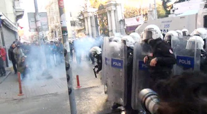 Taksim'de HDP'nin yürüyüşüne müdahale