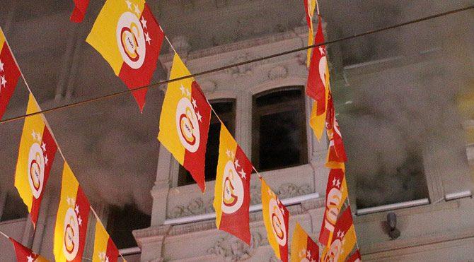 İstiklal'deki GS Store Mağazası'nda yangın