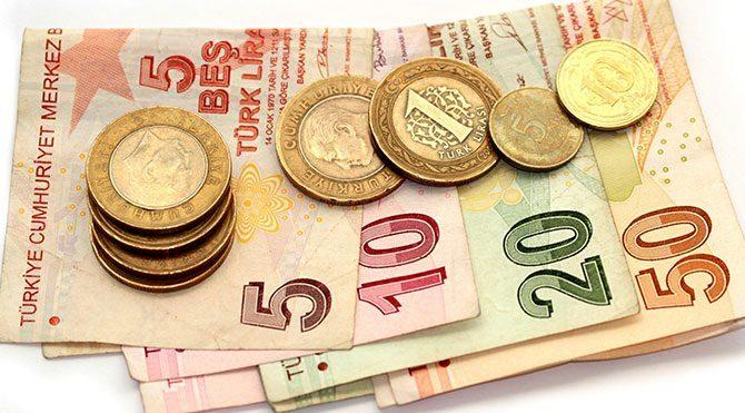 Yollardan 808,6 milyon lira toplandı