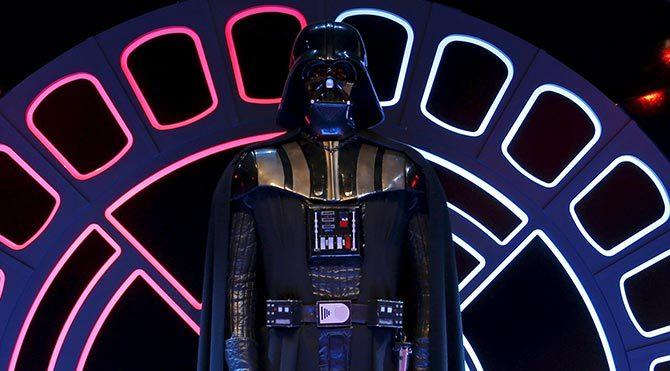 Star Wars çılgınlığı bunu da yaptırdı! ismini Darth Vader olarak değiştirdi