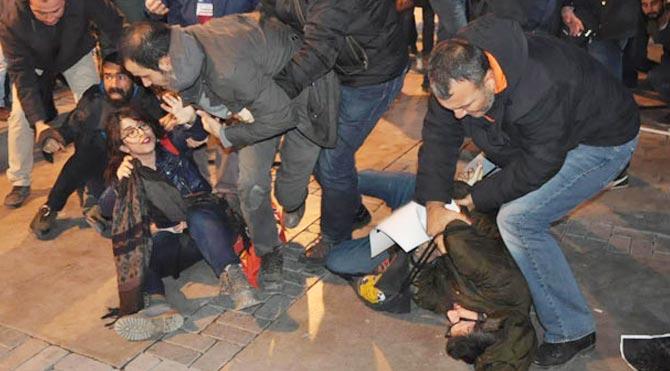Cezaevi protestosuna 35 gözaltı!