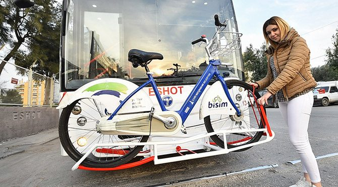 İzmir'de 'bisikletli otobüs' dönemi