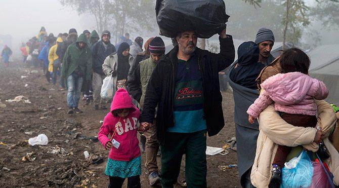 Avrupa'ya ulaşan göçmen sayısı 1 milyonu aştı