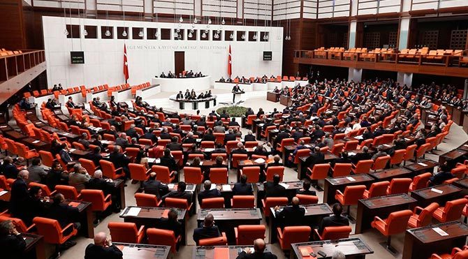 AKP'den referandum önerisi!