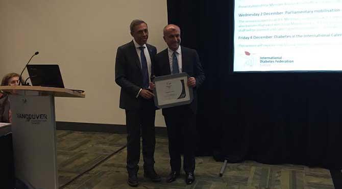 Prof. Dr. Temel Yılmaz'a yılın bilim adamı ödülü!