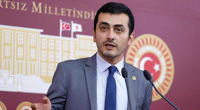 CHP'li vekil Eren Erdem hakkında savcılığa suç duyurusu