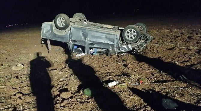 Tarım işçilerini taşıyan kamyonet devrildi: 2 ölü, 11 yaralı!