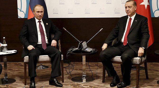 Türk dış politikasında eksen kayması: