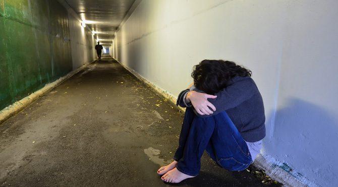 Özellikle de kadınlar bu süre içinde sokakta tek başınıza dolaşmamaya çalışın. Bu dönem cinsel tacize karşı tedbirli olmakta fayda var.
