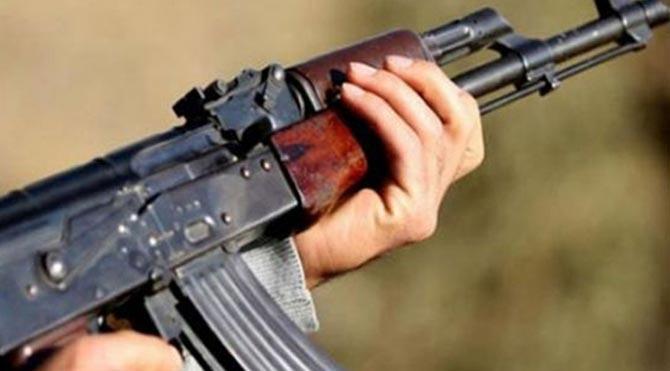 Teröristler bu kez ev taradı: 2 ölü, 2 yaralı