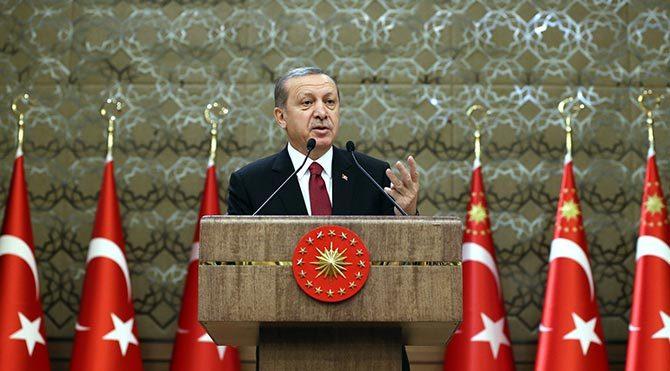 Cumhurbaşkanı Erdoğan basın toplantısında konuştu