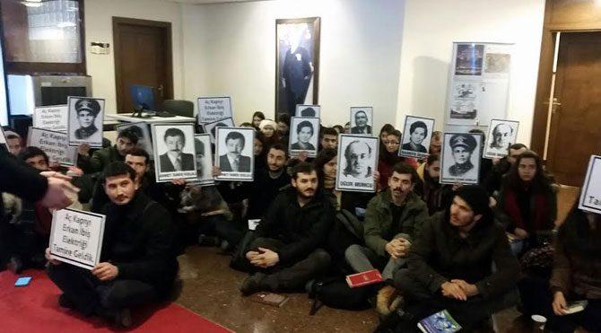Ankara Üniv.'de rektörlük işgal edildi