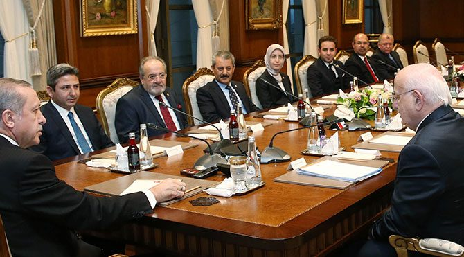 Erdoğan'ın masasındaki ayrıntı