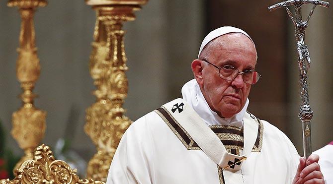 Papa'dan dünyaya tüketim ve hazcılık eleştirisi