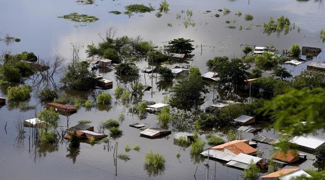 Latin Amerika'da sel felaketi