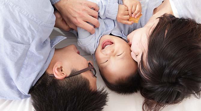 """Çin'de """"tek çocuk"""" devri bitiyor"""