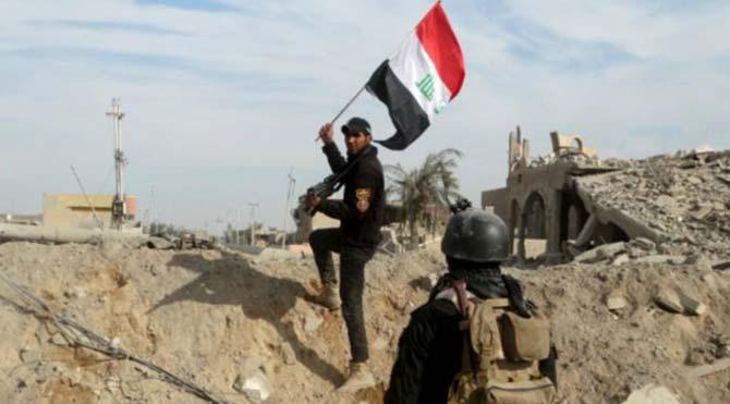 Irak kuvvetleri Ramadi kentini IŞİD'den geri aldı