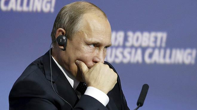 Putin yaptırım kararını imzaladı